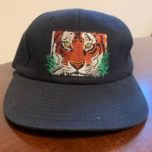 VTG Tiger Human-I-Tees Eye On Survival Snapback